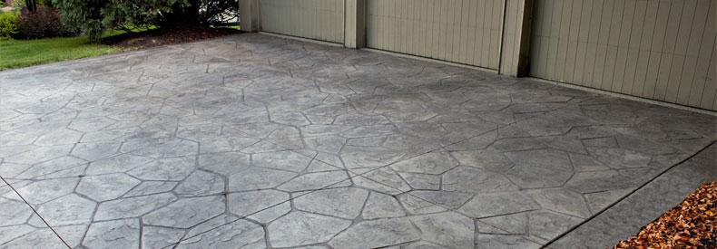 decorative-concrete-driveway